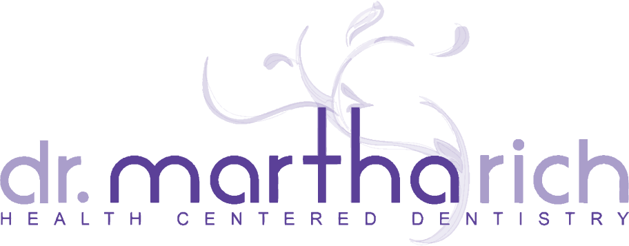 MarthaRich logo main at double resolution